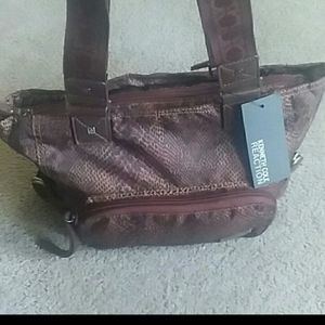 NWT Kenneth Cole tote hand/shoulder bag.